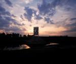 1994, Jan Goossen, Maasbeeld, Heusden -aan de Maas. roestvrij staal, 6 meter hoogte. Foto Peer van der Kruis