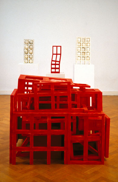 1991, Jan Goossen, Casa de los Pensamientos Encarcelados, polychromed wood, exhibition Galerie Lambert Tegenbosch, Heusden, 1994, photo Martin Stoop