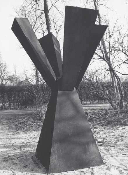 1971, Jan Goossen, 'Large-Two (hommage to Di Suvero)', corten and black steel