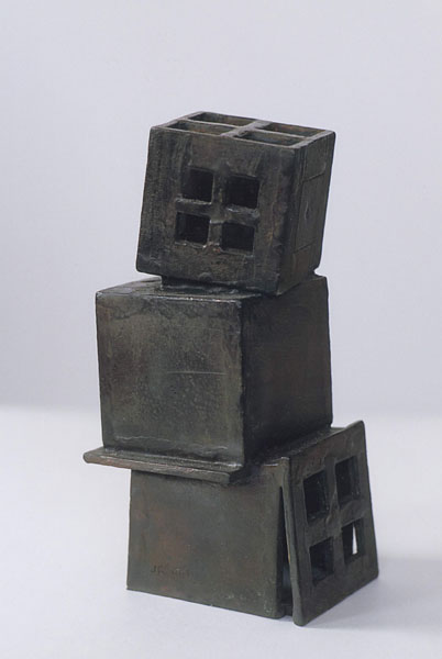 2001, Jan Goossen, Stapeling, bronze, 7 cm x 9 cm x 20 cm h