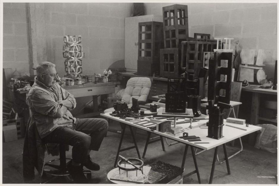 2003, Jan Goossen, atelier in Herpt. (Foto Els van den Boorn)