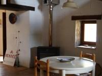 woonkeuken met houtkachel