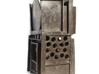 Jan Goossen, Brons. ZT. 18 x 19 x H 37 cm. 1997